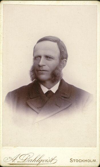 18516