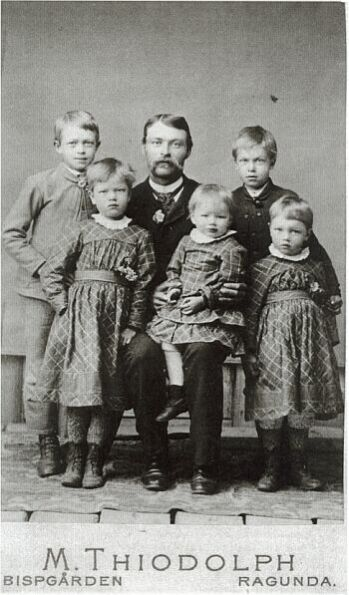 18830