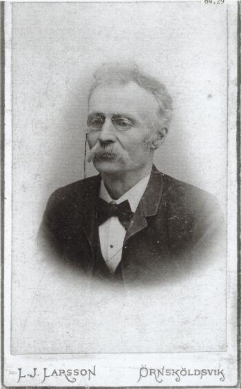 19039