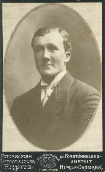 19253