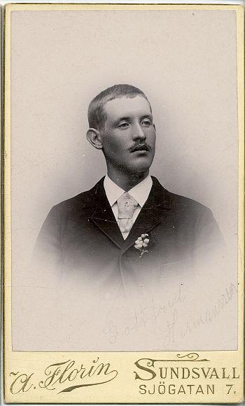 186104