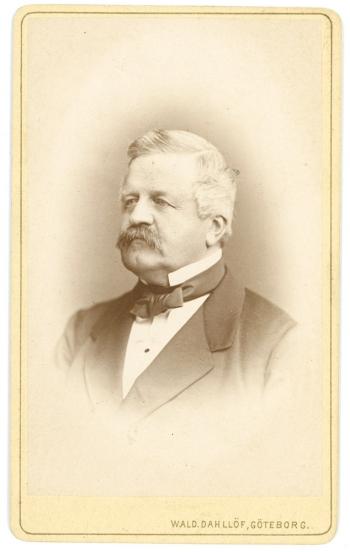 186858