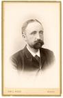 186853