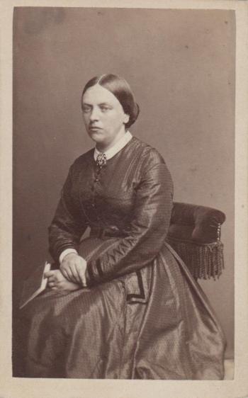 186998