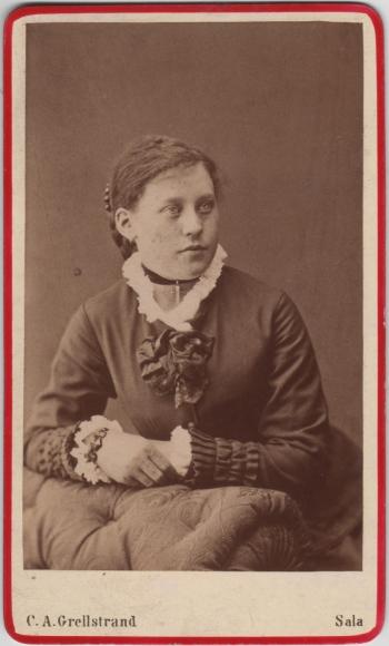 187081