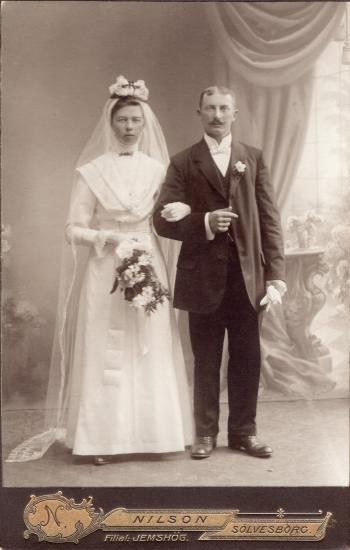 187708