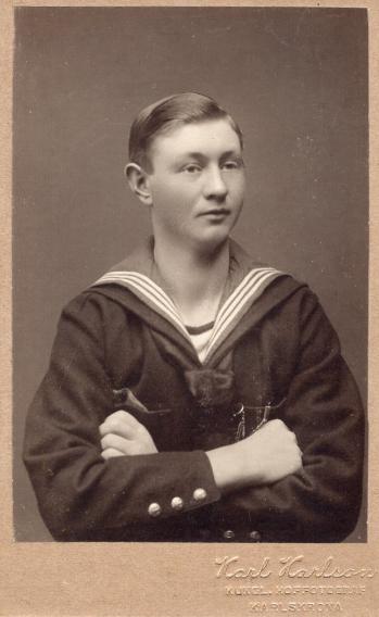 187709