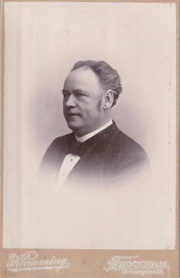 187823