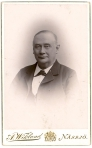 186908