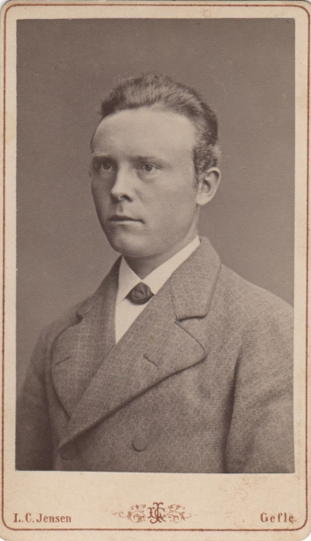 188676