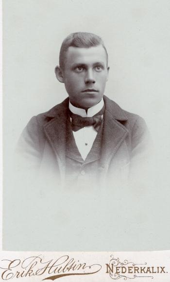 188835