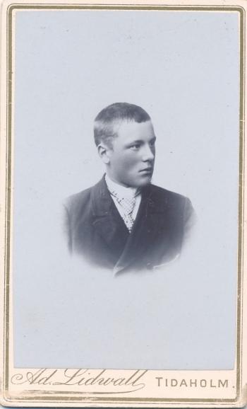 189105