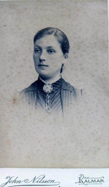 189313