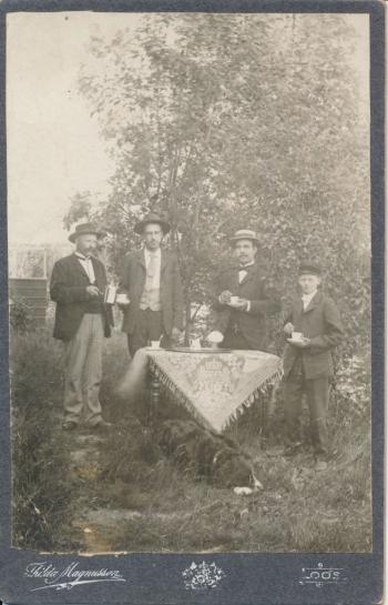 189852