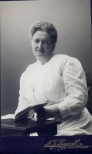 189318