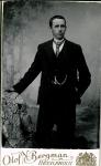 189586