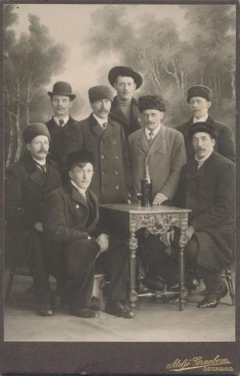 189883