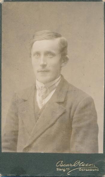 189884