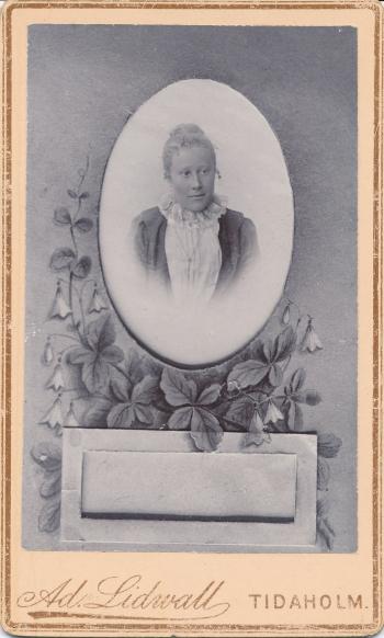 189885
