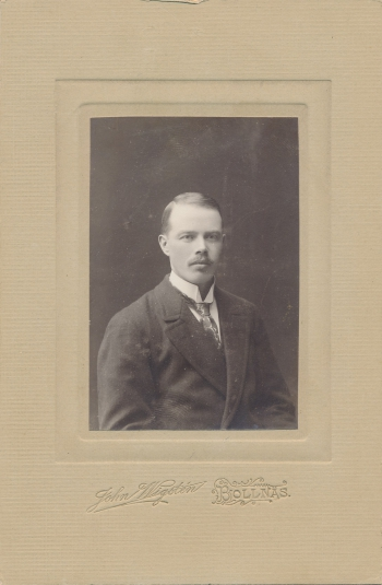 190743