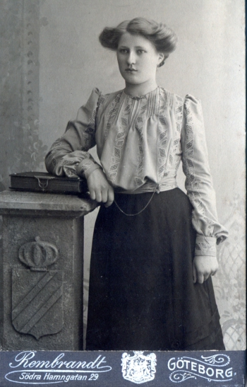 192000