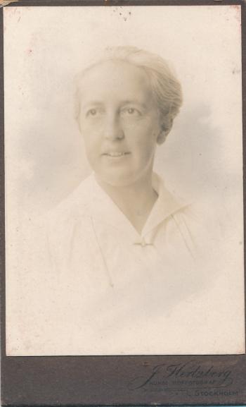 192077