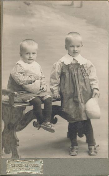 192213