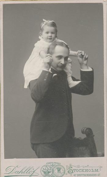 192218