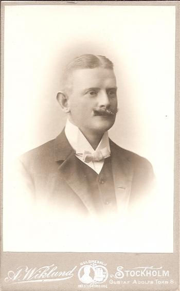 192349