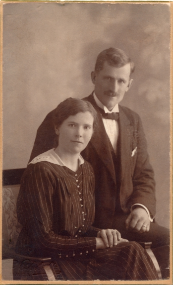 192398