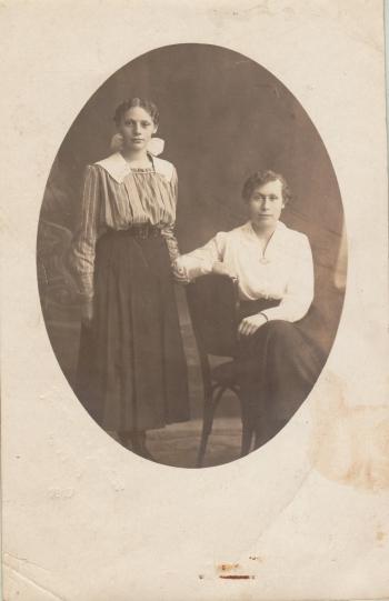 192527