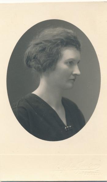 192579