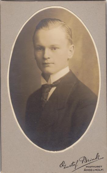 192960