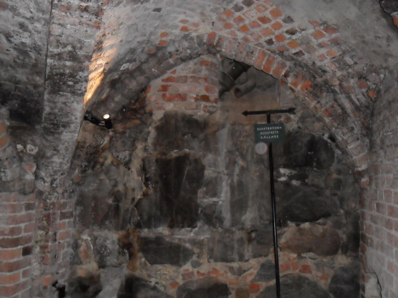 Svartbrdrakloster-016-kta-medeltid