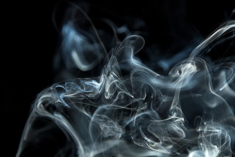 smoke-2717647_960_720
